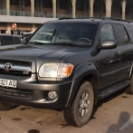 Rent a car Toyota Sequoia №4