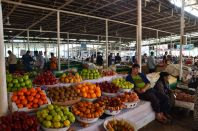 Fruit_in_the_bazaar_in_Dushanbe.JPG