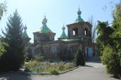 Orthodox_Church_in_Karakol_Kyrgyzstan.JPG