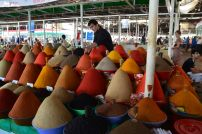 Spices_in_the_bazaar_in_Dushanbe.JPG